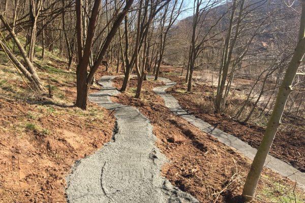 Uphill_3